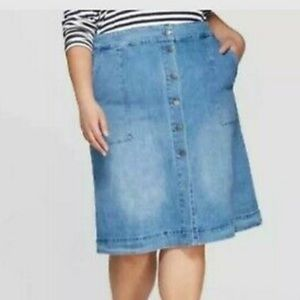 Ava & Giv Women's plus size Blue Jean skirt
